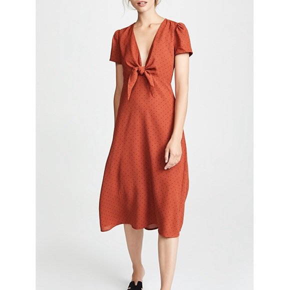 NWT Renamed  from VICI. Cream/navy Sz M dress~$80